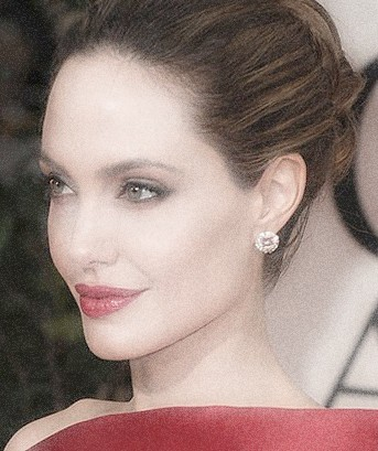 An open apology to Angelina Jolie.